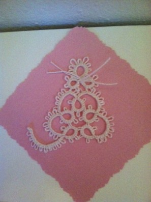 Challenge Accepted - Reader Submission for Weekly Challenge #5 - Tatted by Michele Merrill. Here is the Pretty Tatted Kitty attached to a greeting card. I think I used size 5 thread.